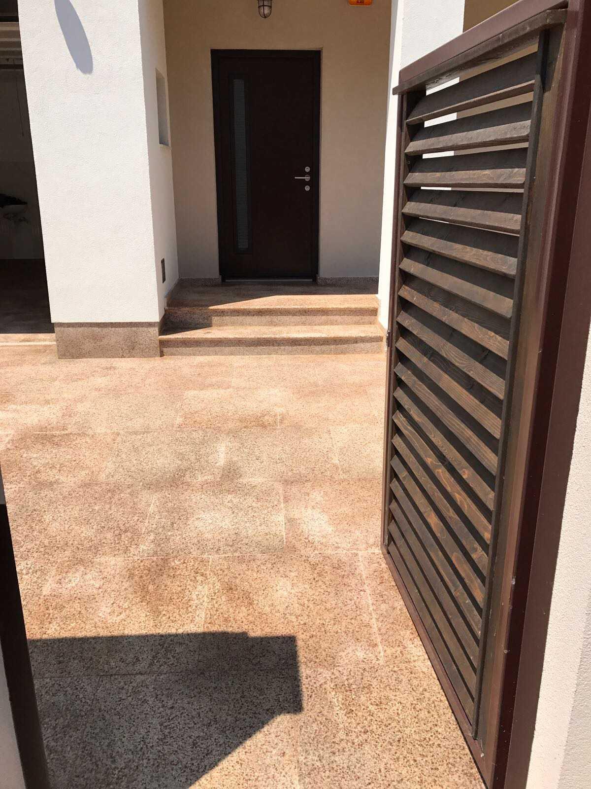 granit-sd-rusty-exterior-3