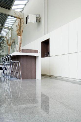 granit-silver-grey-interior-7
