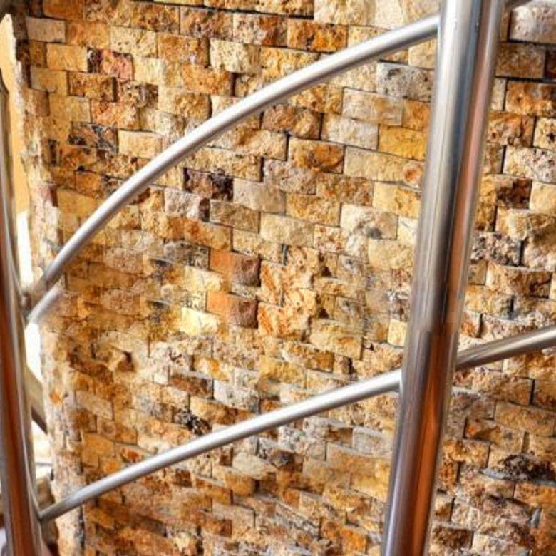 mozaic-travertin-yellow-780x780