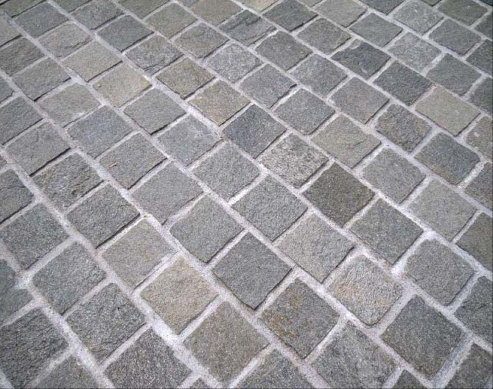 piatra-cubica-andezit-exterior-5