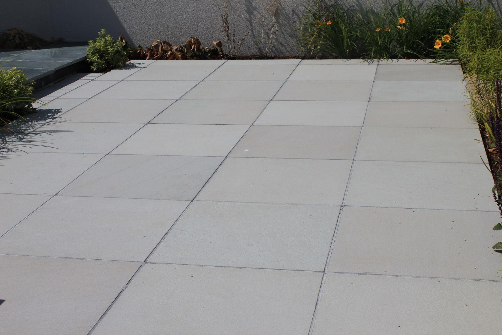 sandstone-contemporary-grey-exterior-3