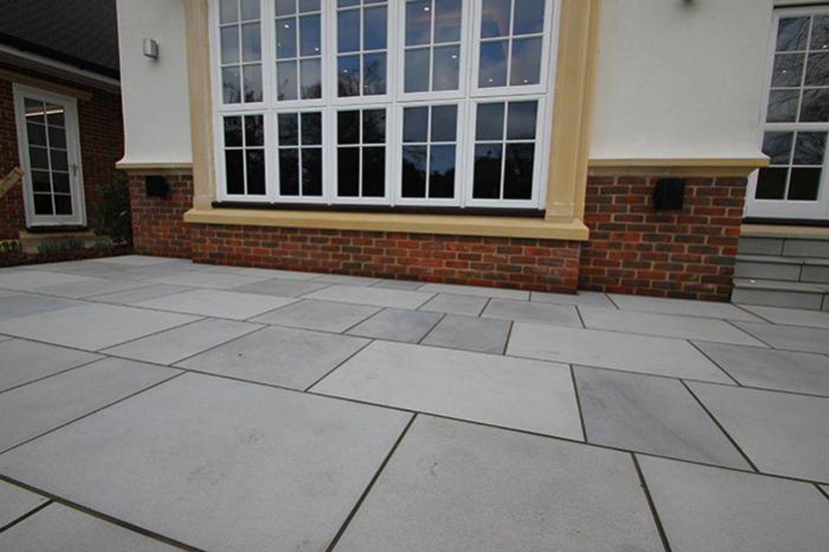 sandstone-contemporary-grey-exterior-5