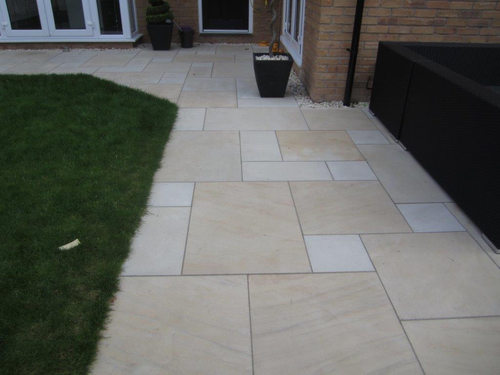 sandstone-harvest-sawn-exterior-3