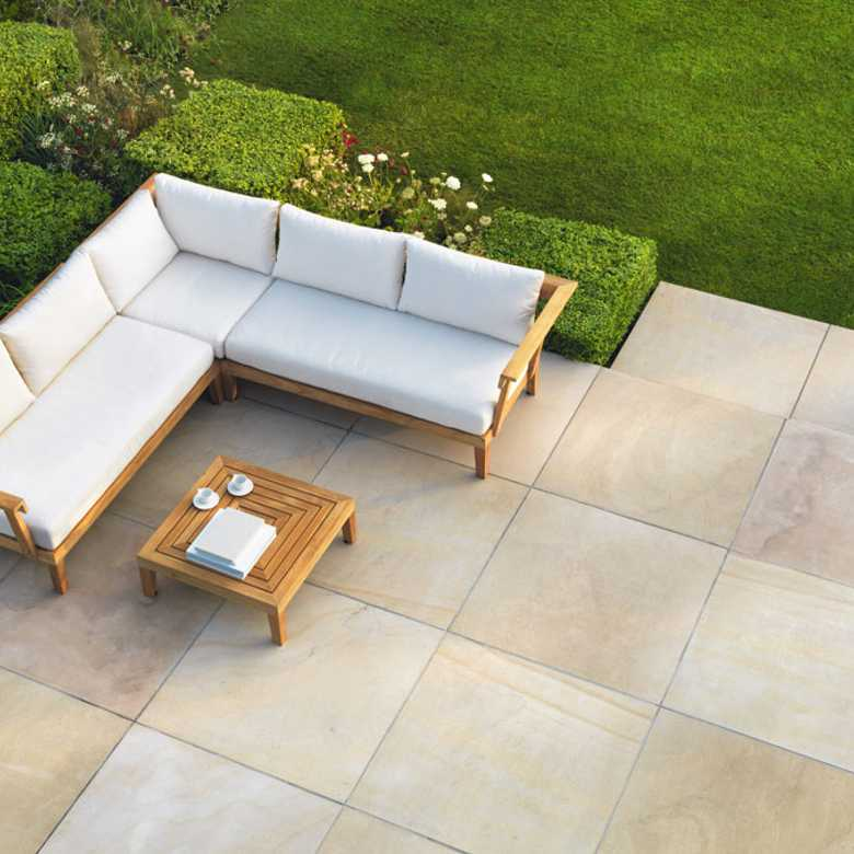 sandstone-harvest-sawn-exterior-780x780