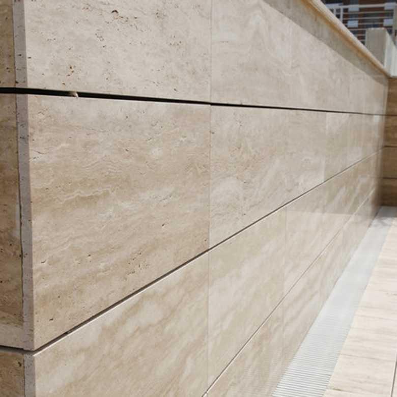 travertin-cross-cut-mat-exterior-780x780