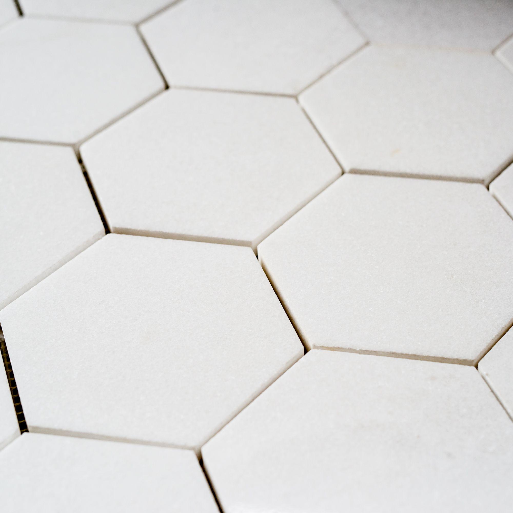 mozaic-thassos-hexagon-2