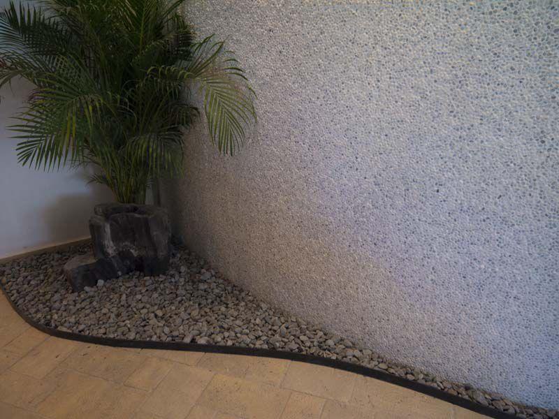 white-grey-mini-pebbles-4